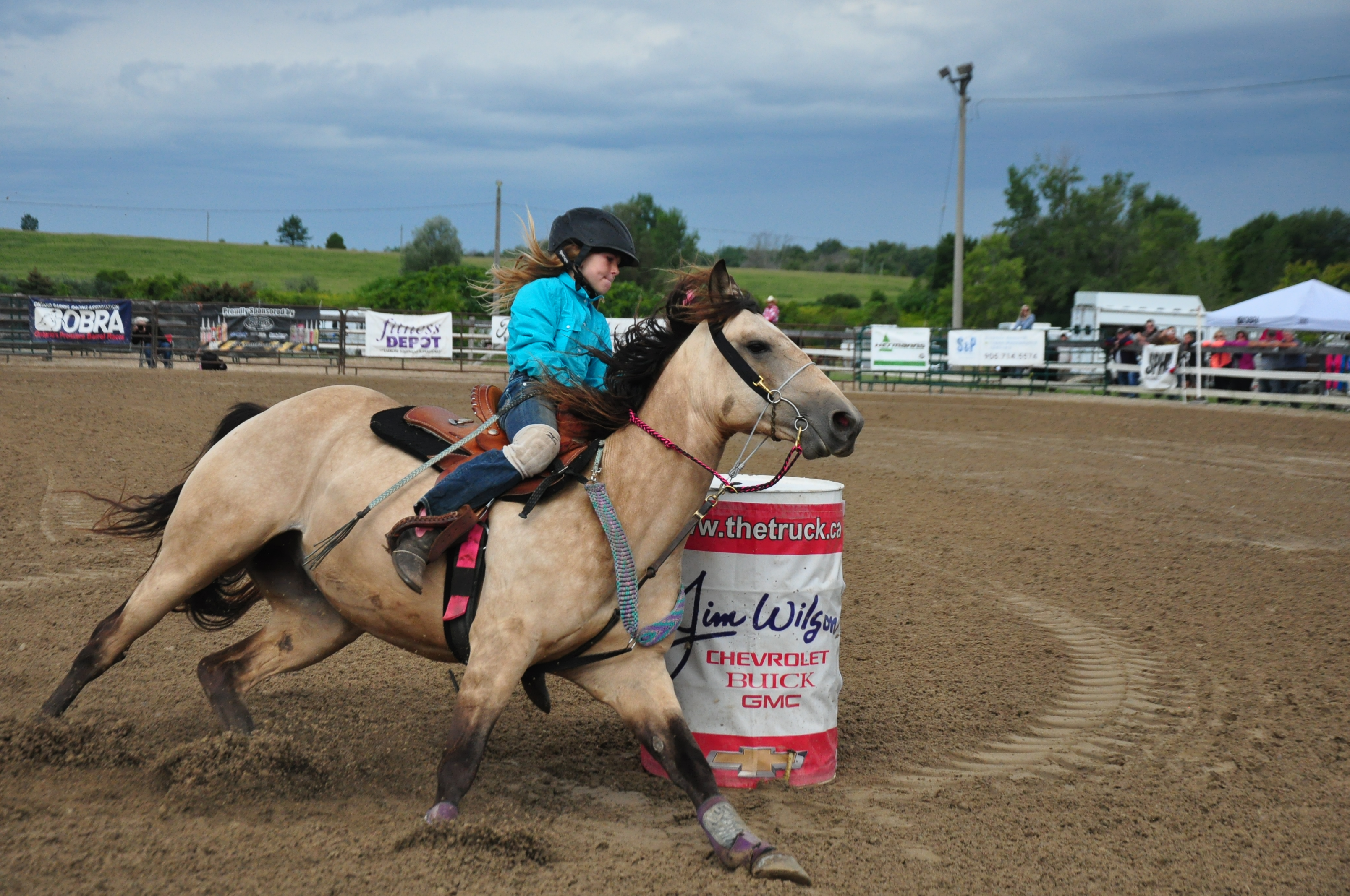 Horse-Barrel Racing